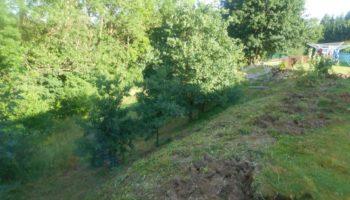 úprava zahrady s využitím svahu