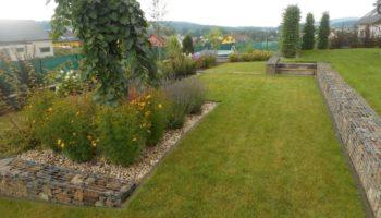zahrada s gabiony